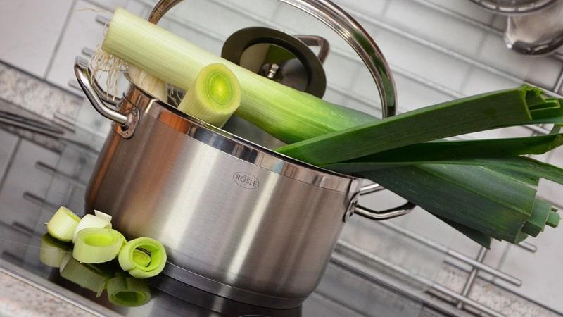 野菜の下茹でイメージ